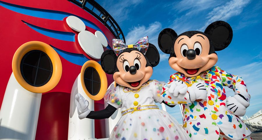 Mickey & Minnie's Surprise Party at Sea