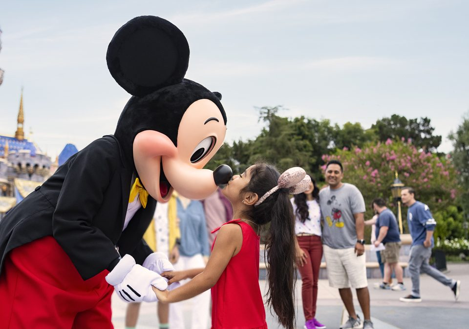 Get a Deal on 3-Day Theme Park Tickets for Children Ages 3 to 9